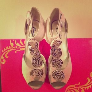 Candie's high heel shoes 👠👠