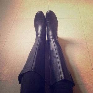 Libby Edelman Boots - Libby Edelman • black leather riding boots