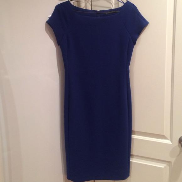 ea0c8f61fac Zara Woman Classic Dress in Royal Blue. M 543b635732fe14325f17790b