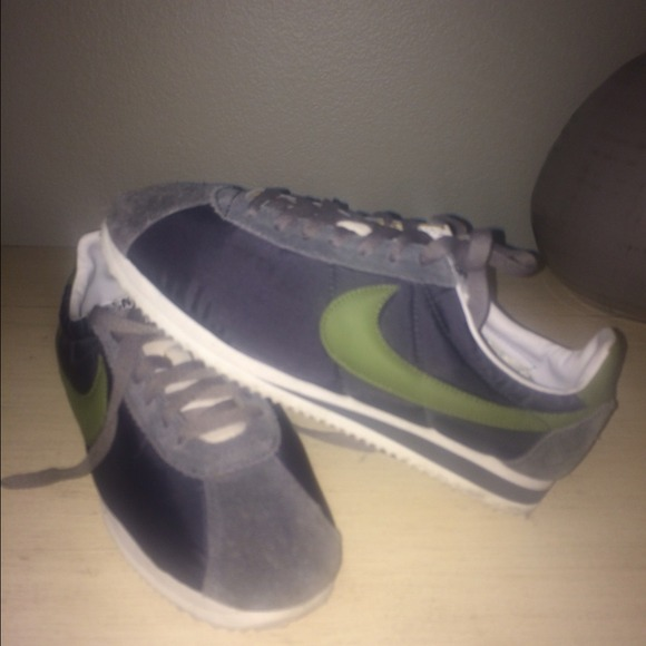 save off 60c14 28d86 J crew Nike Cortez