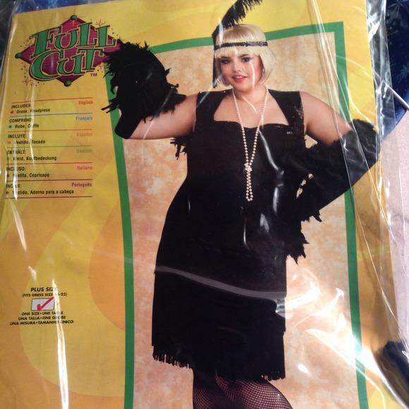 e0e4ef128f2 The Flapper costumes. Plus size NWT