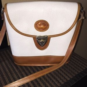 Handbags - Dooney & Bourke crossbody bag