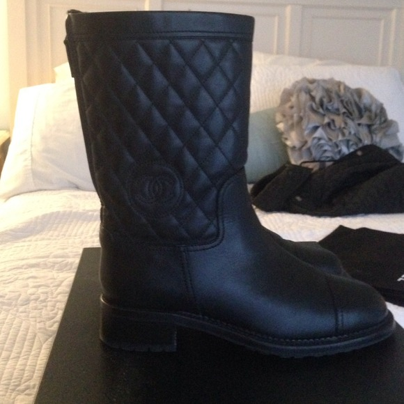 chanel quilted boots. chanel shoes - quilted boots chanel h