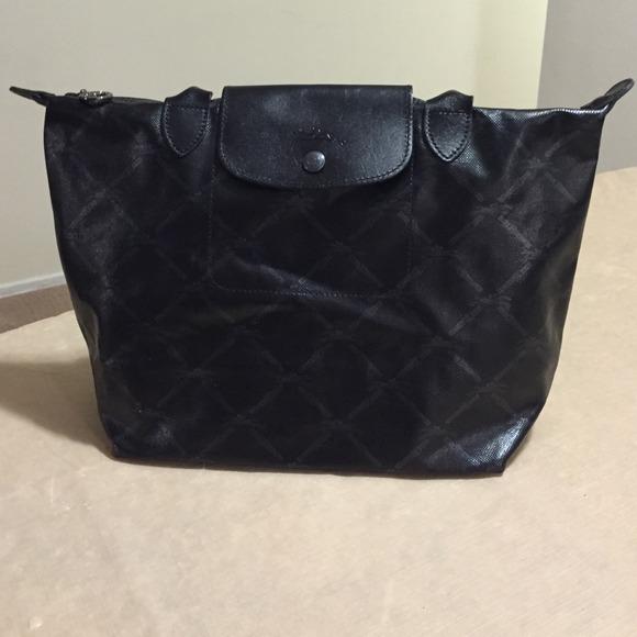 Longchamp Handbags - Authentic Longchamp LM Metal Medium ef3a725f6390e