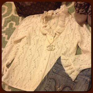 Beautiful Vintage Cream Lace Blouse