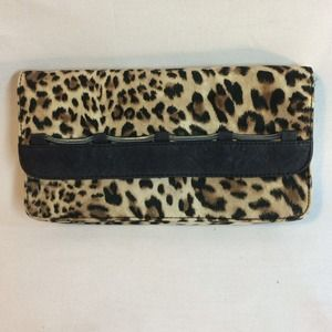 BCBGenetarion animal print clutch