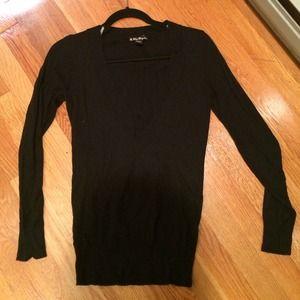 Black vneck sweater