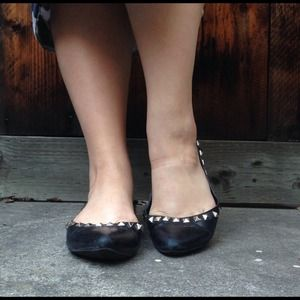 Jessica Simpson Shoes - Jessica Simpson Black Pointed Pyramid Stud Flats
