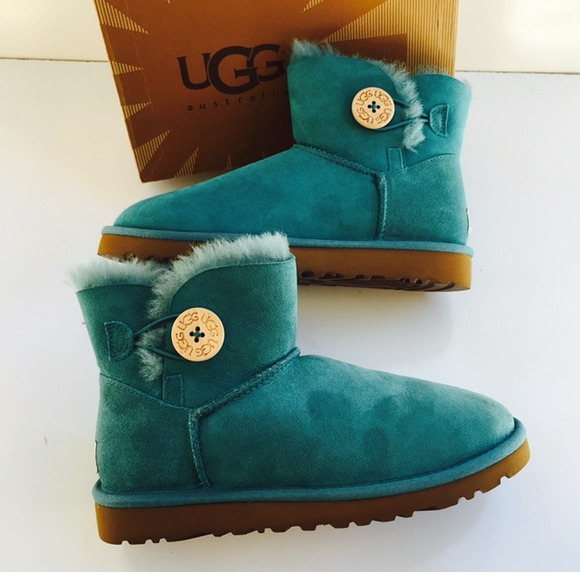 45691d900 ... promo code for ugg 3352 mini bailey button mint boots sz 6 new 386bd  b5b8d