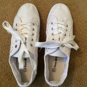 White lace tennis shoes- never worn!