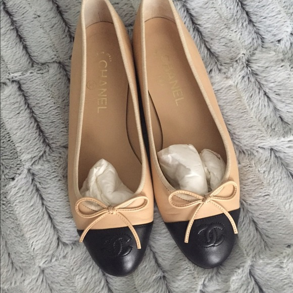 Chanel Flats Beige With Black Tip