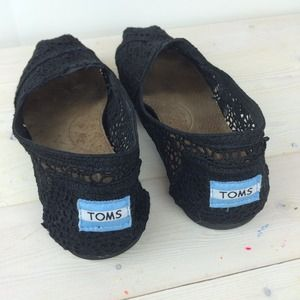 TOMS Shoes - Black Crochet TOMS