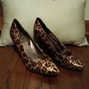 Shoes - Tory Burch Leopard Print Shoes-Isola