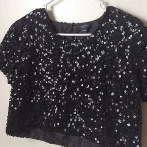 Gryphon Tops - Gryphon black sequin loose fitted crop top size S