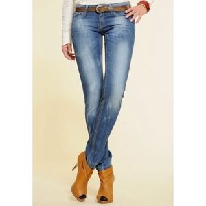 MNG BY MANGO nicola jeans siZe 4