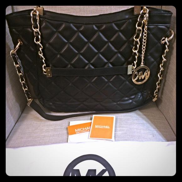 074d8689fe94 HOLD Michael Kors susannah black quilted bag