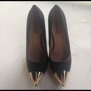 Bucco Black Heels with Gold Pointed Toe