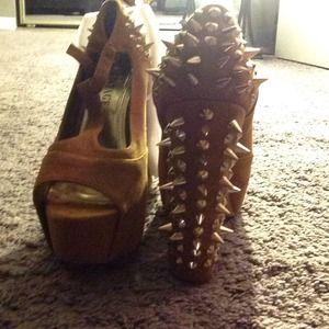 Jeffrey Campbell vintage heels