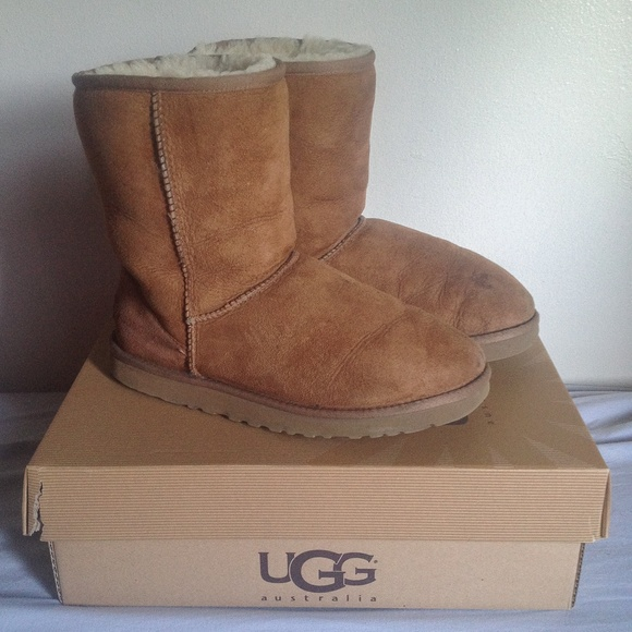 ugg classic short boots brown