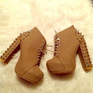 Taupe Silver Spiked Lita Boot Booties Laceups
