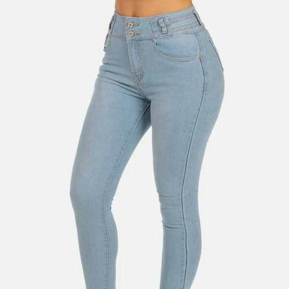 43e01e3e9cf SIZE 5 High waist butt lifting light denim jeans