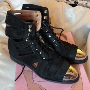JEFFREY CAMPBELL SLASHED CAP TOE BOOT