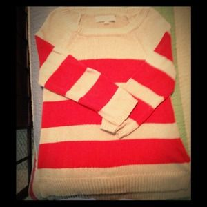 Cute LOFT sweater size s