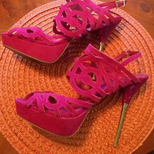 "Shoedazle SZ 11 6"" Stiletto heel Berry Color"