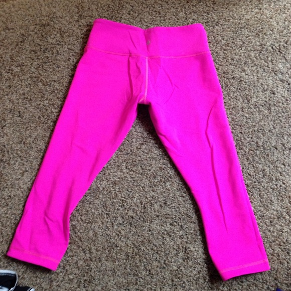 bc74dc906307c8 lululemon athletica Pants - Lululemon reversible hot pink running pants