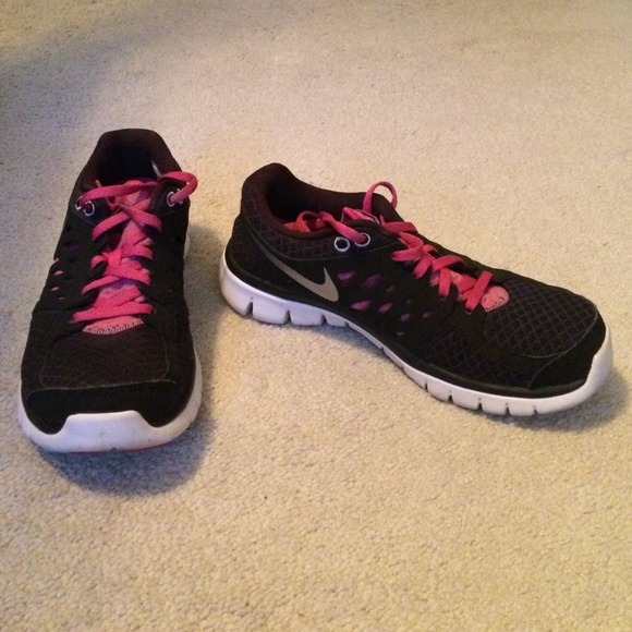 Womens Nike Shoes With Fitsole