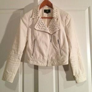 White denim moto jacket P5