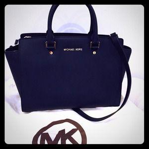 prada white leather handbag - 50% off Michael Kors Handbags - Michael Kors Medium Navy Blue ...