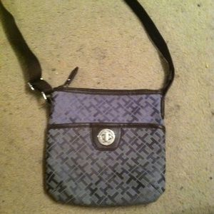 Tommy Hilfiger Handbags - Crossbody