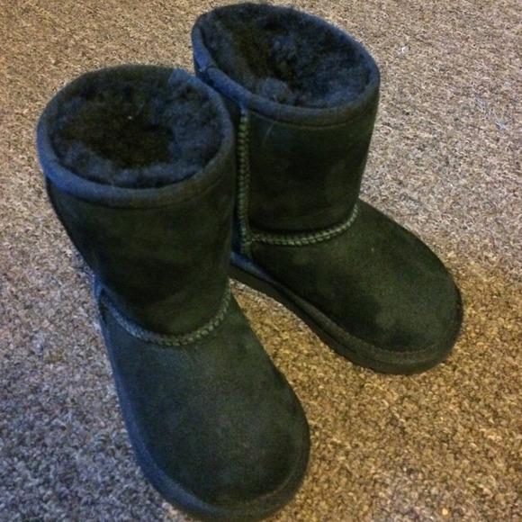 Baby girls black Ugg boots