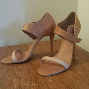 Brand new Jeffrey Campbell sz 10 strappy sandals