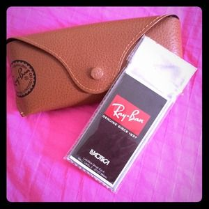 Authentic Ray-Ban Case