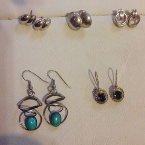 ⬇️Sterling silver earrings, may be sold separately