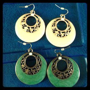 2 Pair Dangle Earrings