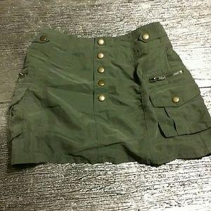 H&M khaki skirt