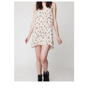 Brandy Melville Sunflower Lynette Dress