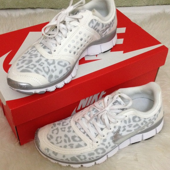 68720df2ad0b Snow Leopard Nike Shoes
