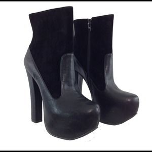 Black Vegan Suede & Leather Booties Size 6