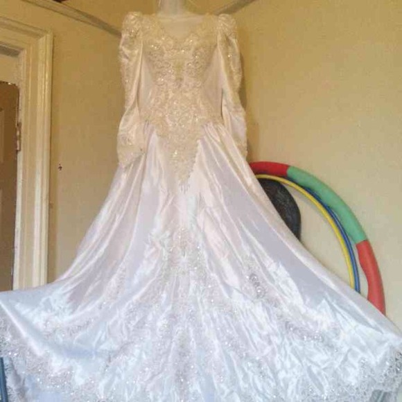 Mori Lee Wedding Gowns: 83% Off Mori Lee Dresses & Skirts