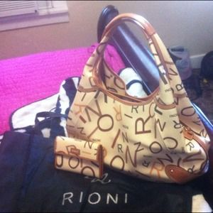rioni Handbags - Purse and the matching wallet🌰