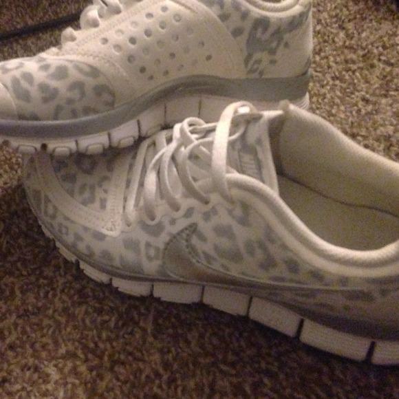 Nike Shoes | Nike White Leopard Print