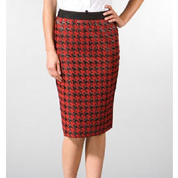 49% off D&G Dresses & Skirts - D&G Red & Black Houndstooth Wool ...