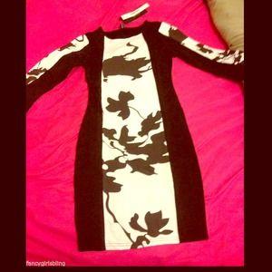 Dresses & Skirts - Black & White Long Sleeve Bodycon dress