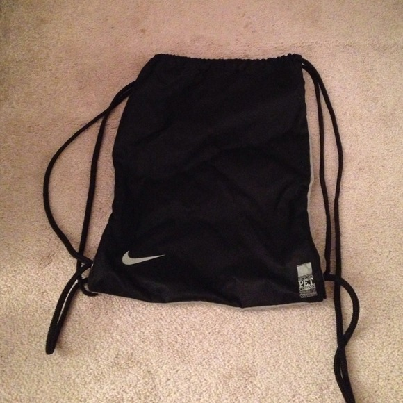 Nike - Nike drawstring bag black and grey from Nina's closet on ...