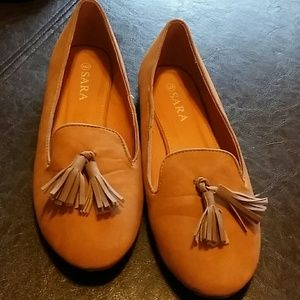 SARA Shoes - SARA Slip ons shoes they are tan with tassels