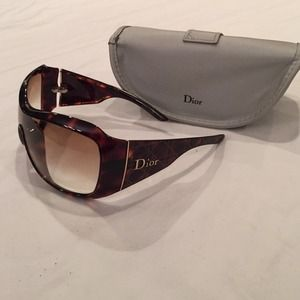 **Authentic ** Dior Sunglasses